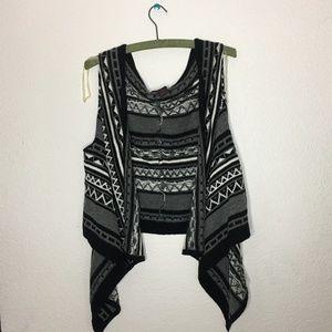 Material Girl Sleeveless Cardigan Size XL
